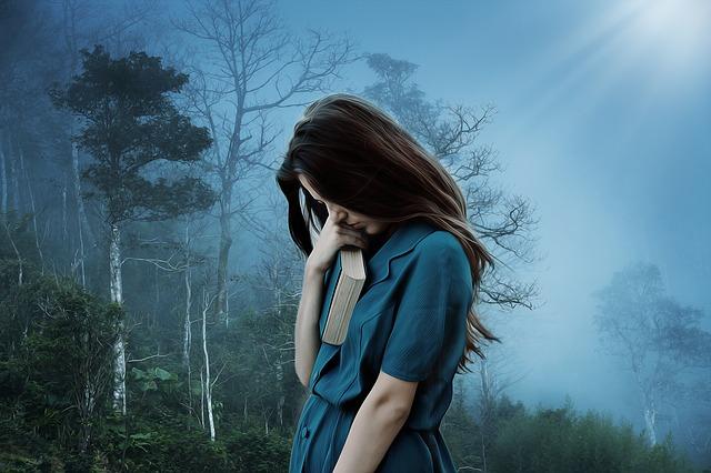 sadness-3421489_640